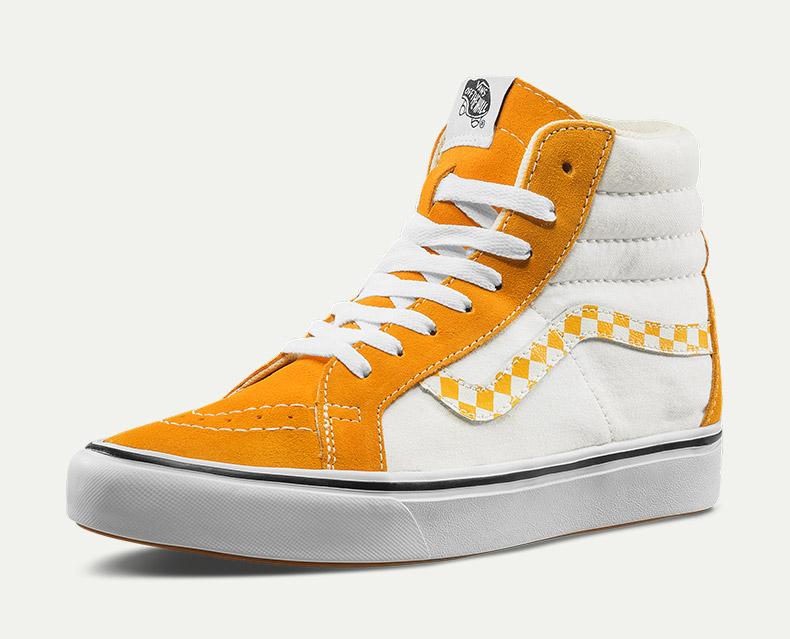 范斯COMFYCUSHSK8-HIREISSUE男女同款橙白色高帮鞋板鞋